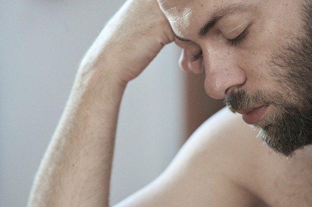 Κοιμηθείτε αρκετά αν θέλετε να ενισχύσετε την τεστοστερόνη σας.