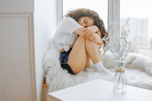 Ο πόνος στην ευαίσθητη περιοχή ιδιαίτερα όταν είναι έντονος ή επιμένει αποτελεί σίγουρα ανησυχητικό σημάδι.