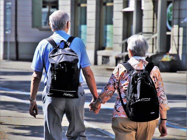 Η αρθρίτιδα προσβάλλει άτομα όλων των ηλικιών.