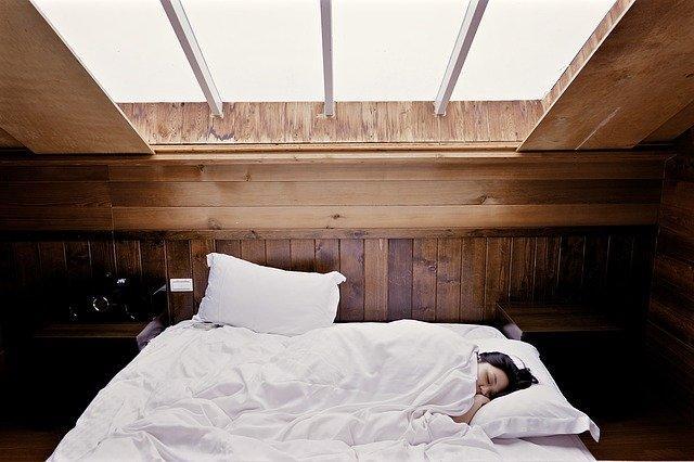 Διατηρήστε ιδανικές συνθήκες στο υπνοδωμάτιό σας.