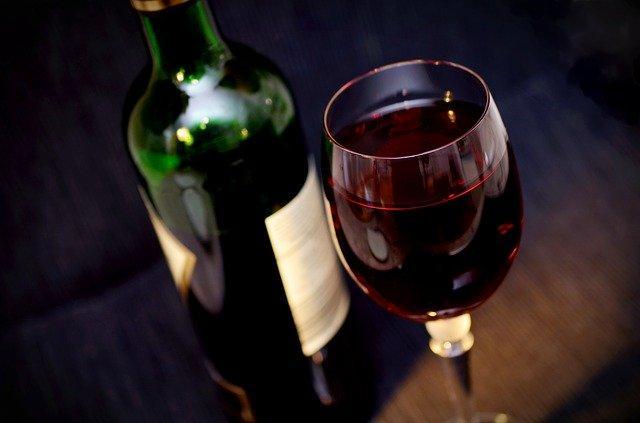 Το αλκοόλ μεταβολίζεται με αποτέλεσμα να ξυπνάτε μέσα στη νύχτα.