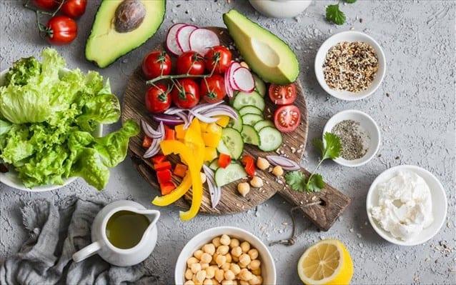 Η Μεσογειακή Διατροφή Μειώνει τον Καρδιαγγειακό Κίνδυνο Y