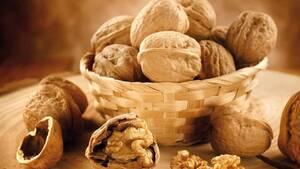 5 Λόγοι για να Εντάξετε τα Καρύδια στη Διατροφή σας