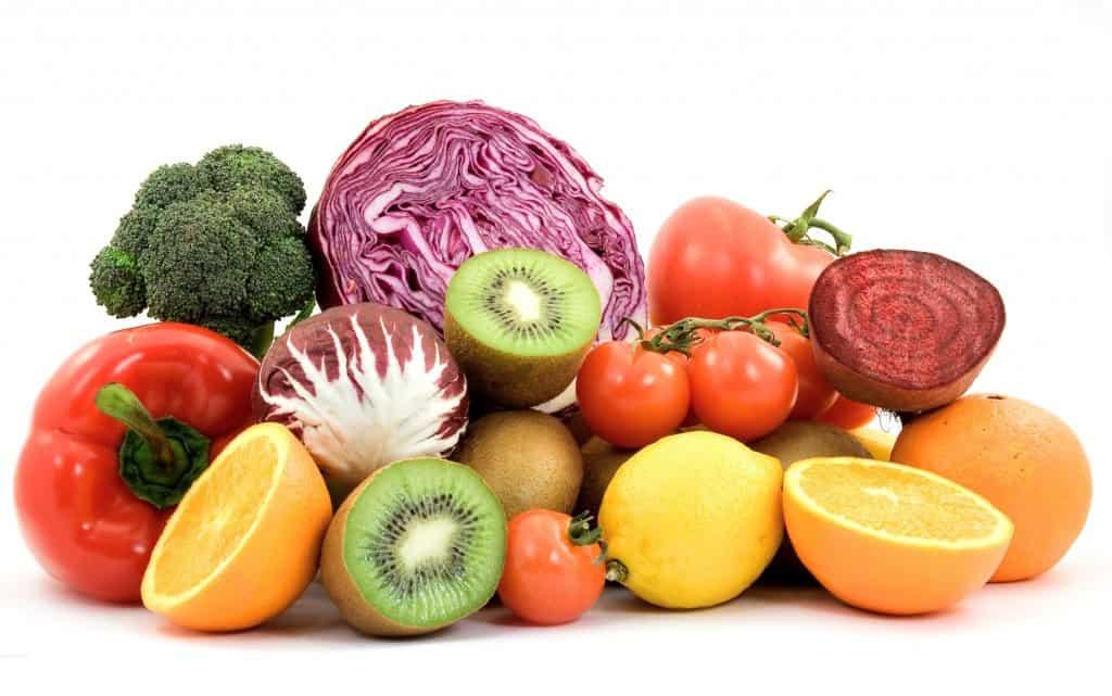Οι φρέσκοι χυμοί περιέχουν περισσότερη ενεργή βιταμίνη C από τους τυποποιημένους βιομηχανοποιημένους χυμούς.