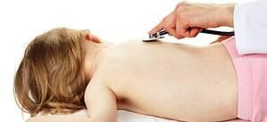 Η βρογχιολίτιδα προσβάλλει συνήθως βρέφη και μικρά παιδιά.