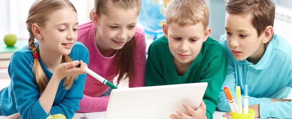 Χρήση Ηλεκτρονικών Συσκευών από τα Παιδιά