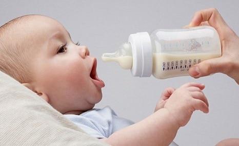 Το Ιδανικό Γάλα για τα Μωρά - Πώς να Κάνετε την Κατάλληλη Επιλογή