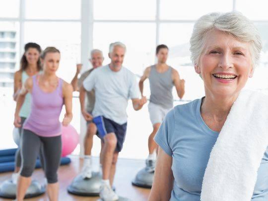 6 Τρόποι για να Μείνετε σε Φόρμα μετά την Εμμηνόπαυση