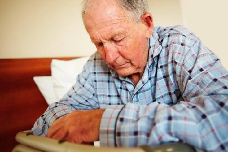 Ποιοι Παράγοντες Αυξάνουν τον Κίνδυνο Εκδήλωσης Κατάθλιψης στους Ηλικιωμένους;