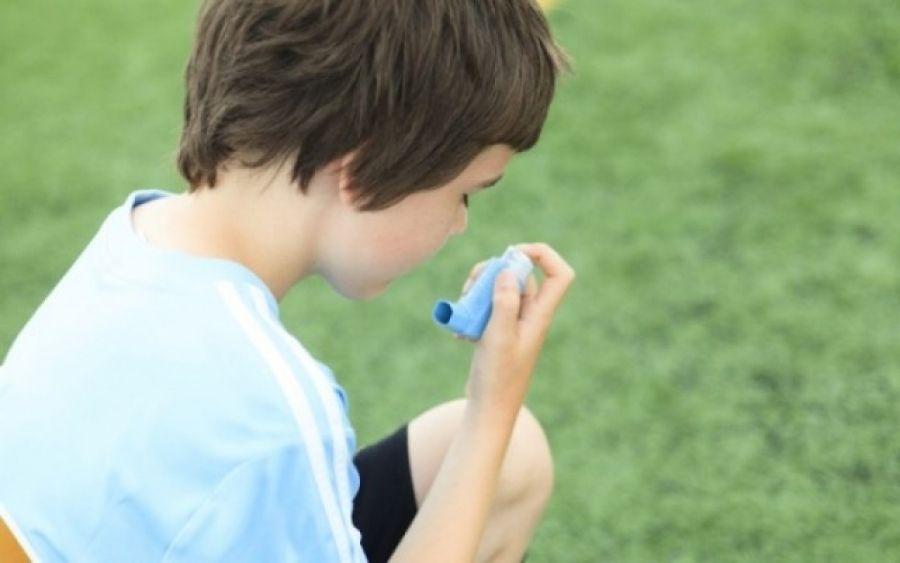 Το 50% των παιδιών που θα ξεπεράσουν τα συμπτώματα μέχρι την εφηβεία, θα εμφανίσουν πάλιάσθμαστην ενήλικο ζωή τους.
