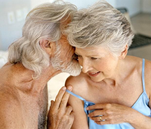 Οι ορμόνες, η εμμηνόπαυση και η σεξουαλικότητα έχουν μια αρκετά περίπλοκη σχέση.