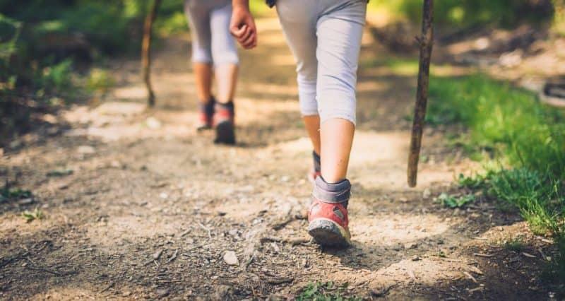 Τέλος, αυτοί που περπατούσαν τουλάχιστον 30 λεπτά την ημέρα μετά την καρδιακή προσβολή ήταν σχεδόν κατά ένα τρίτο λιγότερο πιθανό να πεθάνουν.