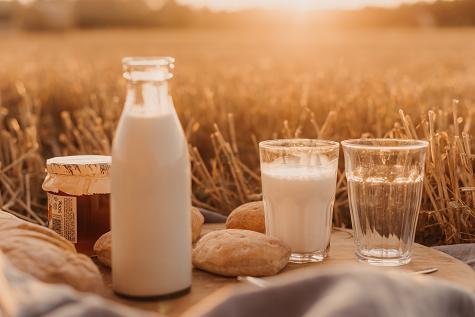 Μια δίαιτα φτωχή σε γαλακτοκομικά μπορεί να ρίξει τα επίπεδα του ασβεστίου2.