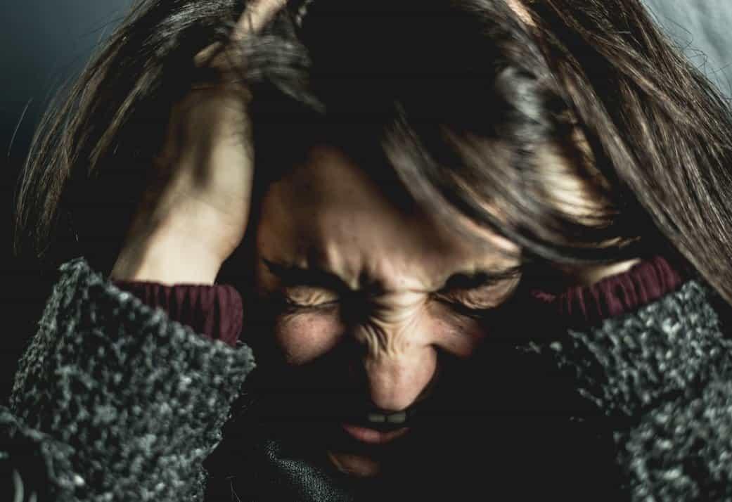 Οι ημικρανίες συχνά σχετίζονται με παραβiαση των μεταβολικών διεργασιών και διαστολή των αιμοφόρων αγγείων στον εγκέφαλο.