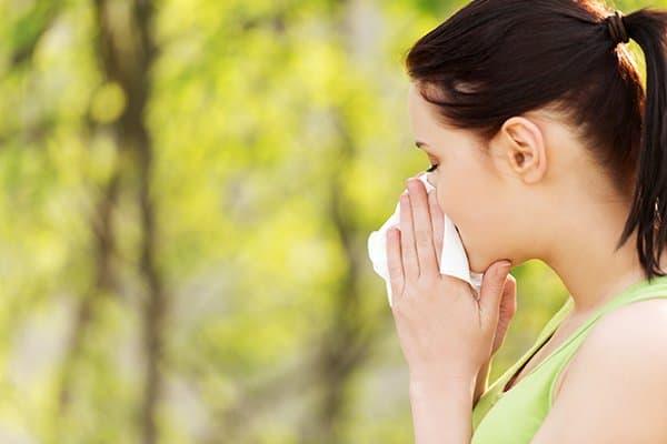 Αντιμετωπίστε την Αλλεργική Ρινίτιδα με Αιθέρια Έλαια
