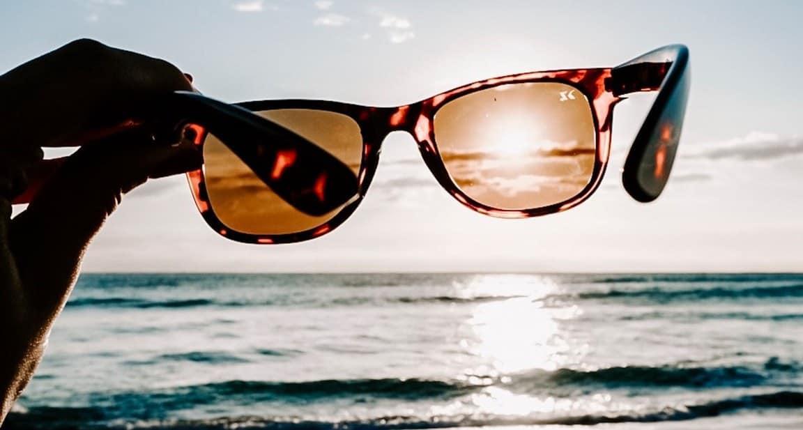 Το δέρμα μας εκτίθεται στις επιβαρυντικές συνέπειες του ήλιου όχι μόνο το καλοκαίρι αλλά και κατά τη διάρκεια όλης της χρονιάς.
