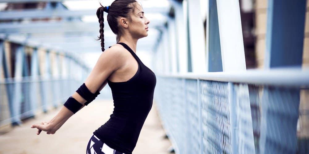 Στις γυναίκες η υπερβολική άσκηση μπορεί να οδηγήσει σε αμηνόρροια, που μπορεί να επηρεάσει βαθιά τη γονιμότητα.