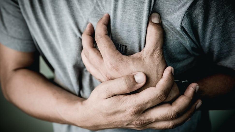Ακόμα, η παρατεταμένη ισχύ των μέτρων πρόληψης κατά του COVID-19, μπορεί να οδηγήσουν σε αύξηση του άγχους.
