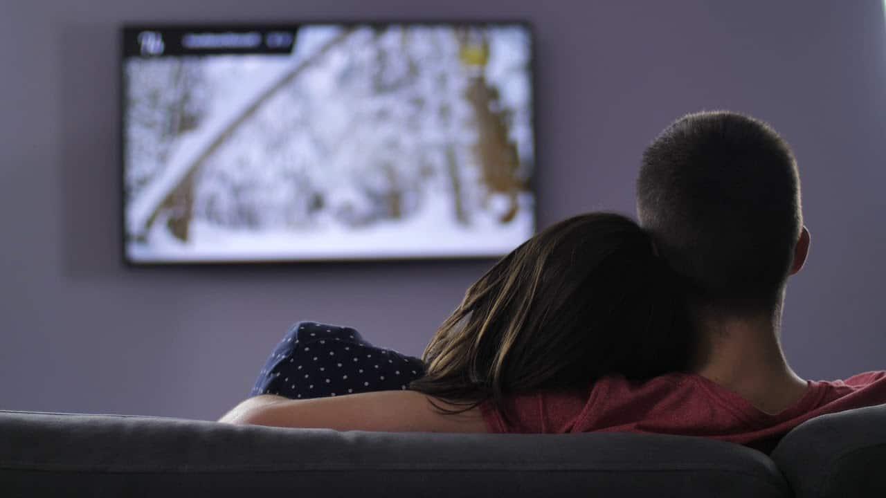 Να αποφεύγετε να παρακολουθείτε τηλεόραση συστηματικά.