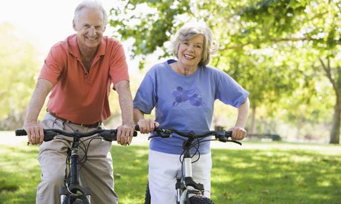 Η επιστήμη έχει αποδείξει ότι η νόσος του Alzheimer μπορεί να εμφανιστεί και σε νεότερους ανθρώπους, αλλά πολύ πιο σπάνια.