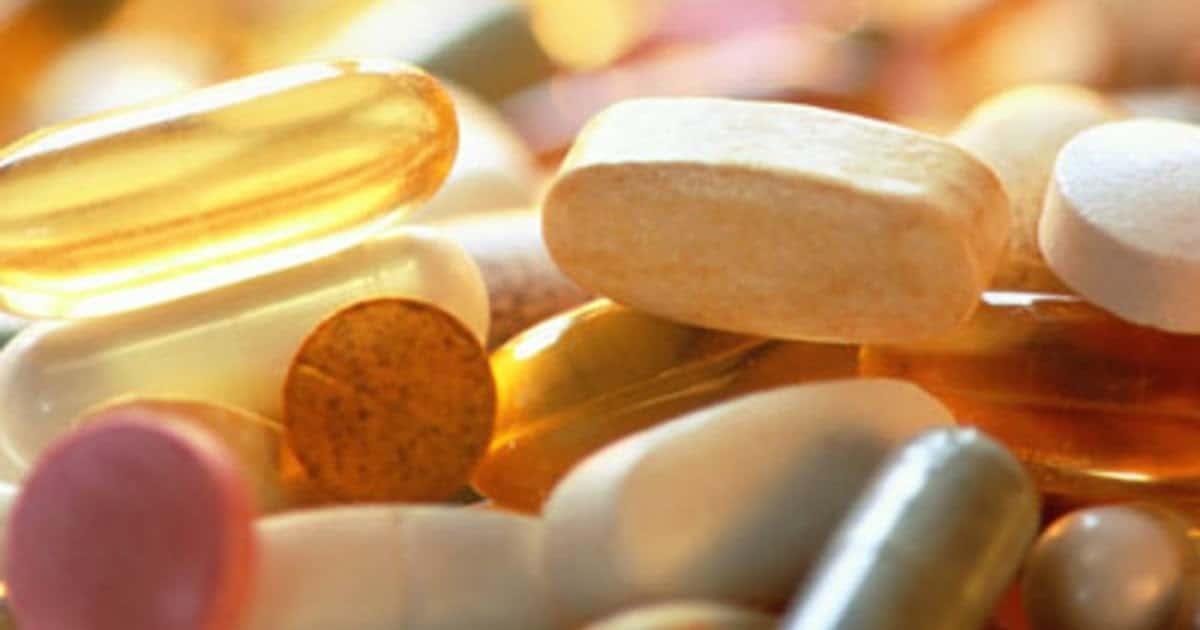 Λόγω της φωτοευαισθητοποίησης ορισμένων αντιβιοτικών από το στόμα (τετρακυκλίνες), πρέπει να αποφεύγεται η έκθεση στον ήλιο και στην υπεριώδη ακτινοβολία κατά τη λήψη τους.