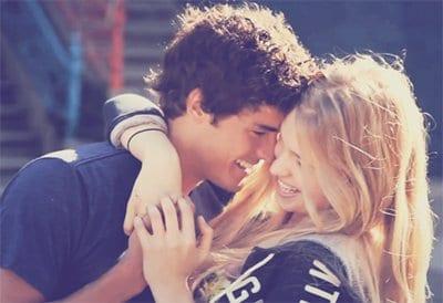 Το Φιλί Κάνει Καλό στην Προσωπική Υγεία και στην Υγεία της Σχέσης.