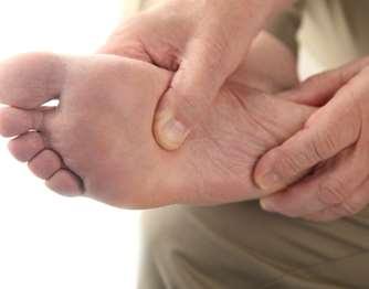 Οι επιπλοκές από τα πόδια είναι η πιο σοβαρή κατάσταση και προκαλούν το φόβο των ασθενών, καθώς είναι δυνατό να οδηγήσουν σε ακρωτηριασμούς των κάτω άκρων.
