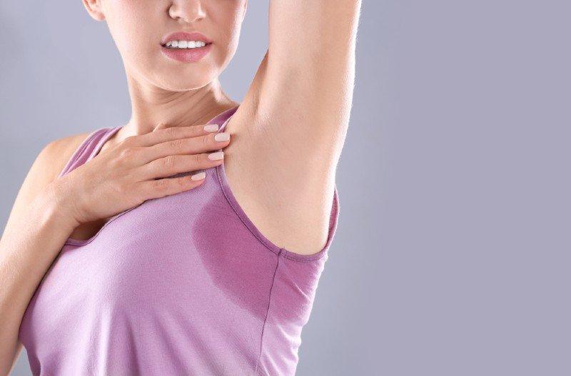 Αντικαρκινικές θεραπείες όπως η χημειοθεραπεία, η ραδιοθεραπεία και η ανοσοθεραπεία επιβραδύνουν την ικανότητα ανάπλασης του δέρματος.
