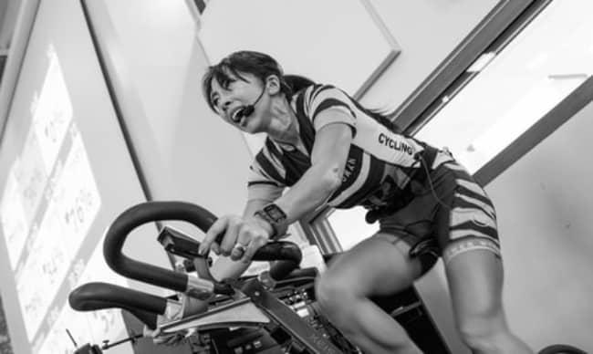 Το spinning, είναι μια προπόνηση η οποία γυμνάζει ολόκληρο το σώμα και χρησιμοποιεί όλες τις μεγάλες μυϊκές ομάδες.