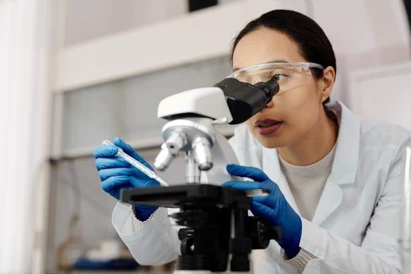 Ο ιός των ανθρωπίνων θηλωμάτων βασίζεται στο DNA.