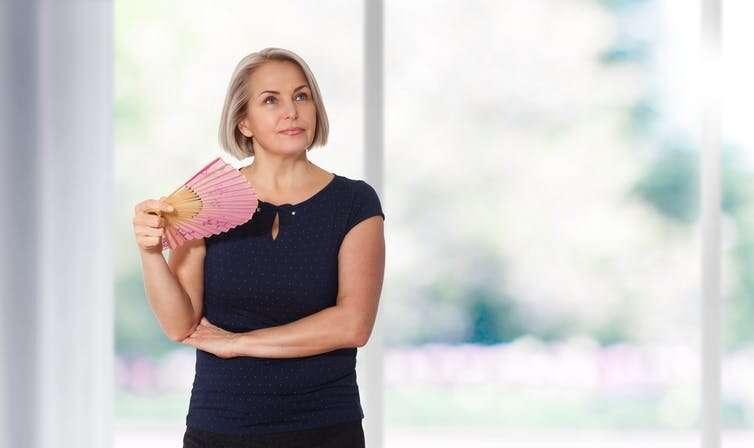 Εμμηνόπαυση και Εξάψεις: Όλα Όσα Πρέπει να Γνωρίζετε