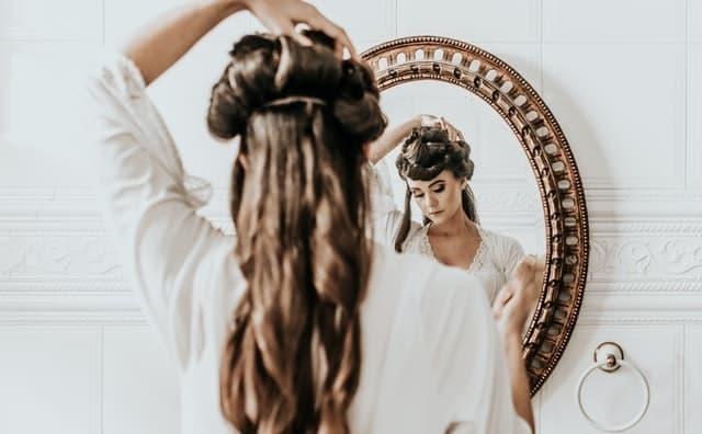 Τα μαλλιά παίζουν μεγάλο ρόλο στην εμφάνιση αλλά και στην διάθεσή όλων των γυναικών.