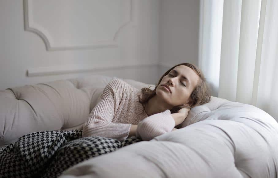 Αν δεν μπορείτε να εντοπίσετε τις αιτίες της αϋπνίας σας, φροντίστε να δημιουργήσετε τις κατάλληλες συνθήκες ύπνου στον χώρο σας.