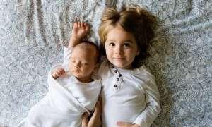 Η ζήλια ανάμεσα στα αδέρφια είναι φυσιολογική και συνηθισμένη.
