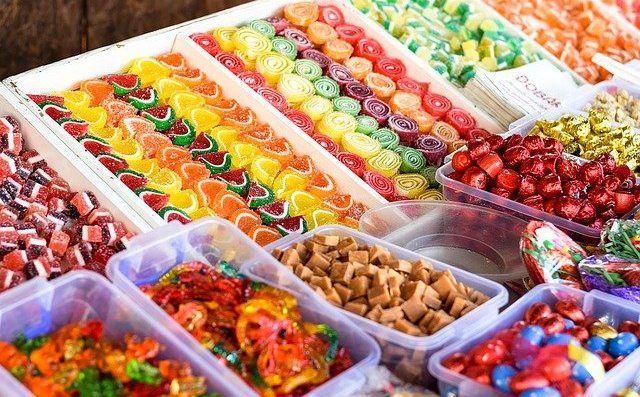 Όταν η διατροφή μας «χαλάσει», το σώμα μας αρχίζει άμεσα να διαμαρτύρεται, στέλνοντάς μας προειδοποιητικά σημάδια.