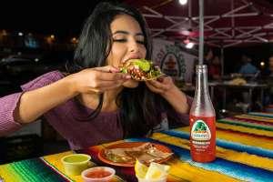 Υπάρχουν κάποια χαρακτηριστικά σημάδια που δείχνουν ότι η σχέση ενός ατόμου με το φαγητό είναι διαταραγμένη.