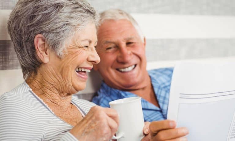Οι Συμβουλές Κλειδιά για Υγιή και Καλά Γεράματα Μετά τα 65.