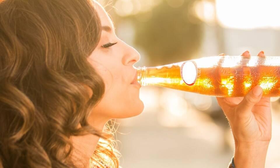 Η κατανάλωση αλκοόλ με μέτρο είναι μία διαδεδομένη κοινωνική συνήθεια που δεν βλάπτει τον οργανισμό.