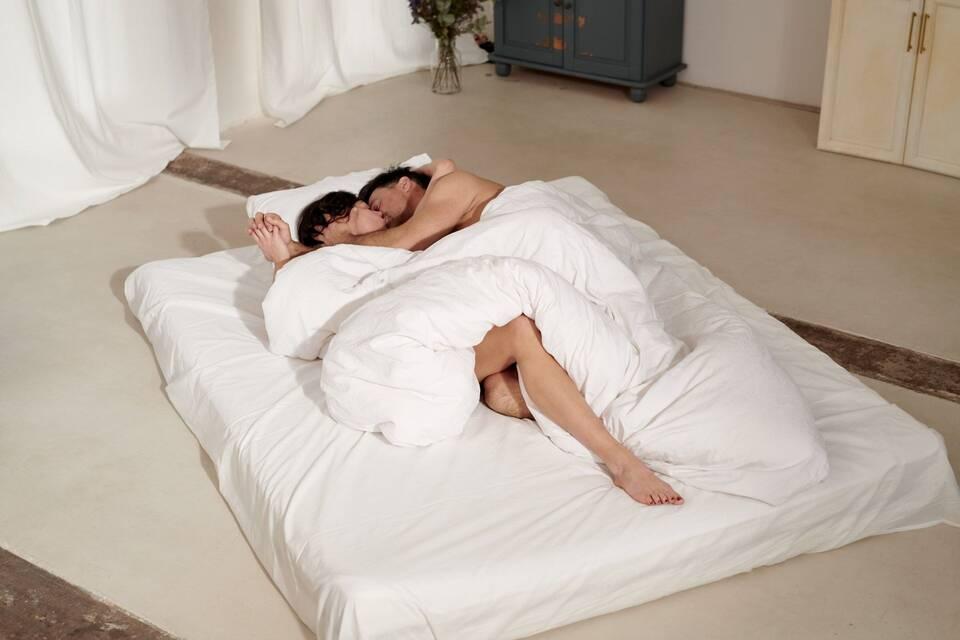 Την ώρα του σεξ όλα όσα σας απασχολούν σχετικά με το σώμα σας περνούν απαρατήρητα από τον σύντροφό σας.