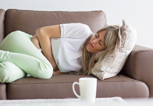 Προεμμηνορροϊκό Σύνδρομο, Αιτίες και Συμπτώματα