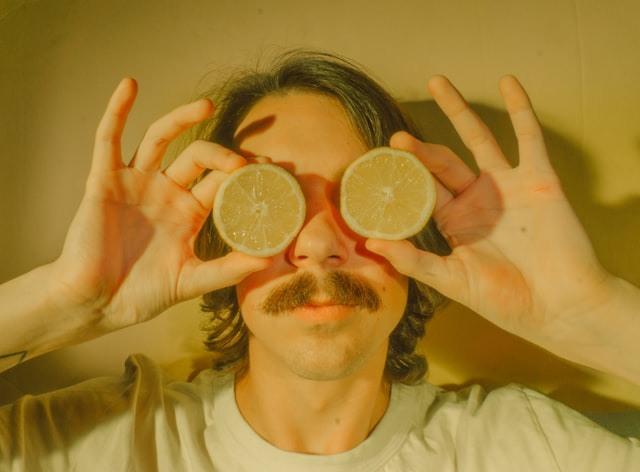 Εάν θέλετε κι εσείς να αποκτήσετε ένα πλούσιο μουστάκι, καλό είναι να ξέρετε ότι δεν είναι τόσο απλό όσο φαίνεται.