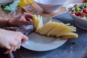 Τα γαλακτοκομικά προϊόντα δεν παχαίνουν αν καταναλώνονται στις σωστές ποσότητες, δηλαδή 2-3 μερίδες την ημέρα.