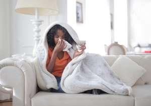 Οι σωστές διατροφικές επιλογές είναι ικανές να μειώσουν τη διάρκεια και την ένταση των συμπτωμάτων του κρυολογήματος ή της γρίπης.