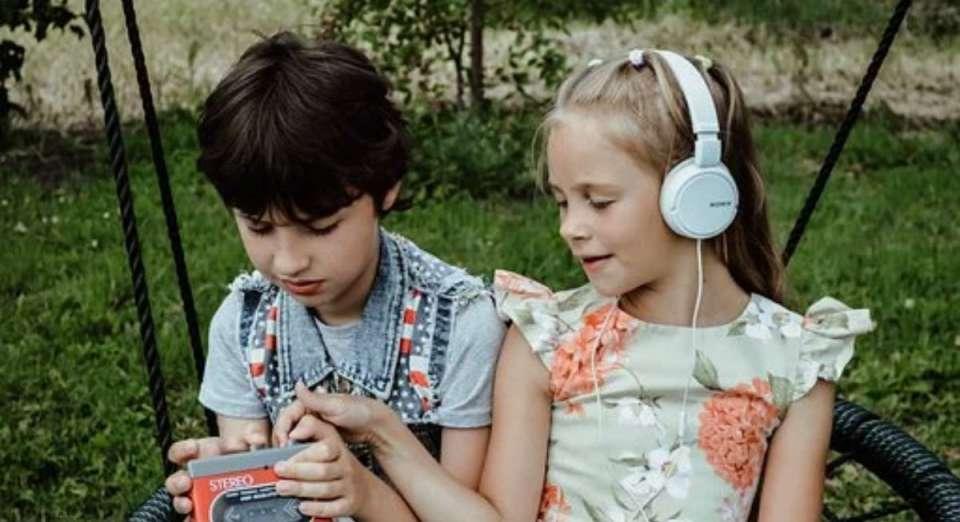 Ο θόρυβος και η ηχορύπανση αποτελούν ένα σοβαρό πρόβλημα στη σύγχρονη κοινωνία.
