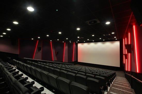 Στο επίπεδο Β (κόκκινο), οι κινηματογραφικές προβολές αναστέλλονται.