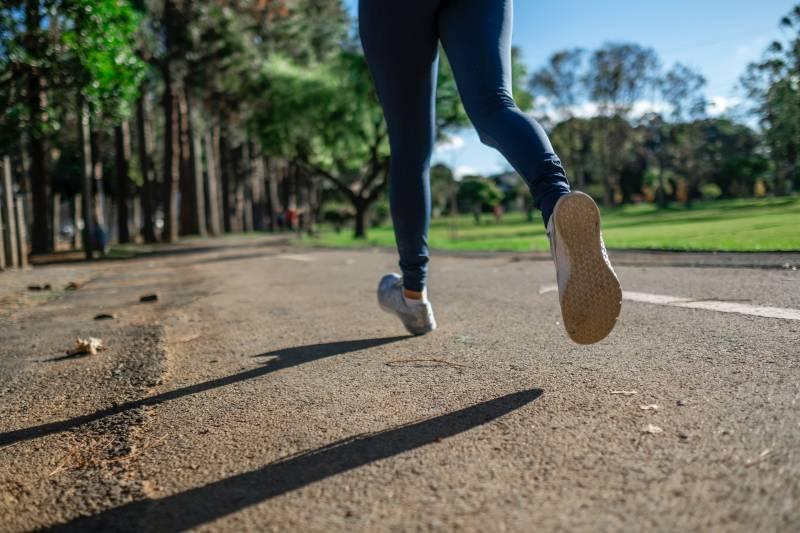 Το τρέξιμο βελτιώνει την αντοχή.