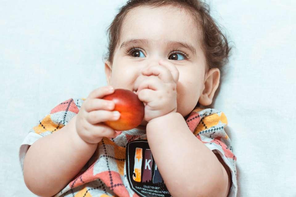 Τα φρούτα στην παιδική διατροφή