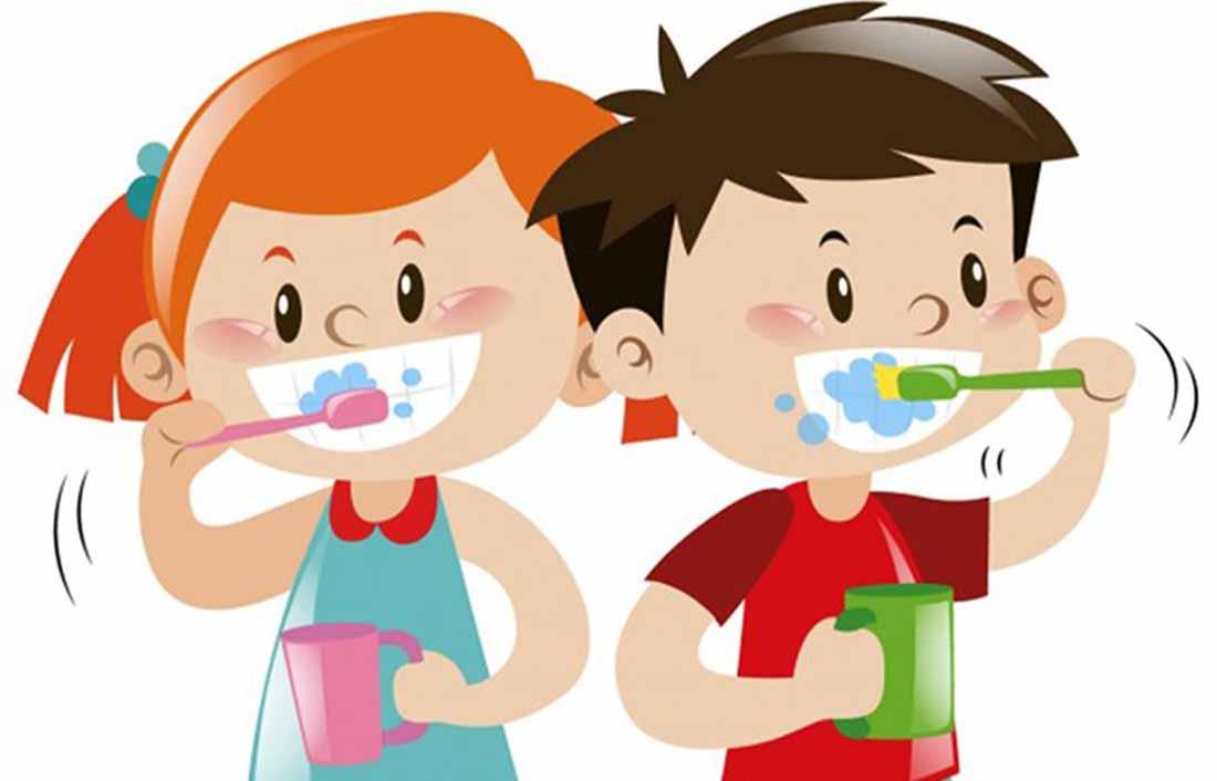Τα παιδιά πρέπει επίσης να βουρτσίζουν τα δόντια τους τουλάχιστον δύο φορές την ημέρα, μετά το πρωινό και πριν τον ύπνο.